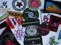 Varios logotipos e imagenes bordadas